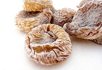 Higos Pajareros secos y enharinados. Recubiertos con harina de trigo