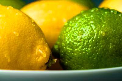 El guacamole necesita lima o limón